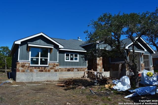 1403 Cottonwood Rd, Fischer, TX 78623 (MLS #1343273) :: Alexis Weigand Real Estate Group