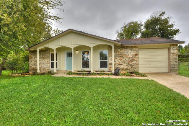11601 Honey Grove St, Live Oak, TX 78233 (MLS #1343726) :: Exquisite Properties, LLC