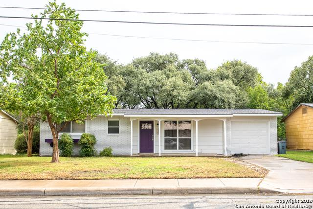 226 Hillview Dr, Universal City, TX 78148 (MLS #1344271) :: Tom White Group
