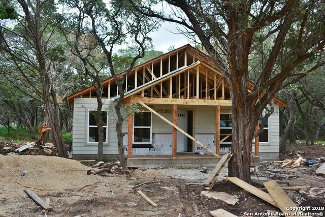 427 Lost Antler Dr, Canyon Lake, TX 78133 (MLS #1344570) :: The Suzanne Kuntz Real Estate Team