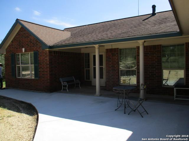 421 County Road 242, Hondo, TX 78861 (MLS #1344942) :: Tom White Group