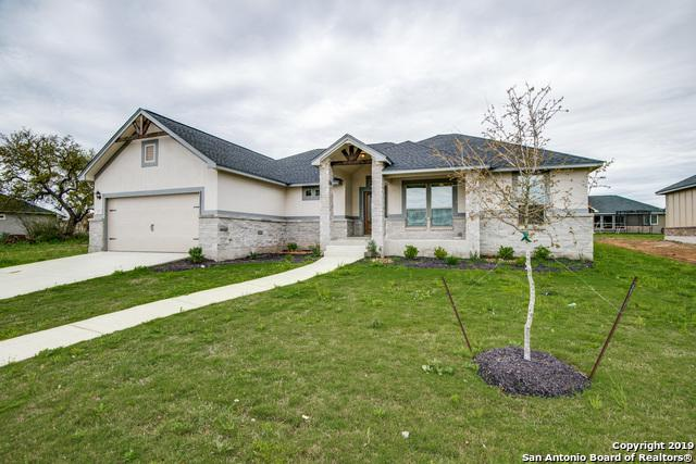 113 Grand View, Floresville, TX 78114 (MLS #1345146) :: Exquisite Properties, LLC