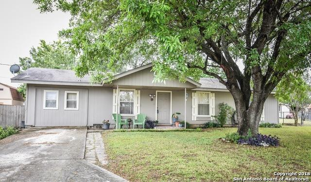 9 Roselawn Circle, New Braunfels, TX 78130 (MLS #1345699) :: Exquisite Properties, LLC