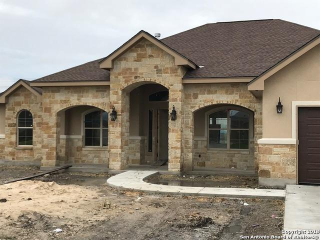1449 Prairie Pass, Seguin, TX 78155 (MLS #1347763) :: Tom White Group