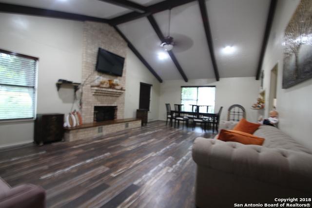242 Bluebonnet Ln, San Antonio, TX 78223 (MLS #1348630) :: Exquisite Properties, LLC