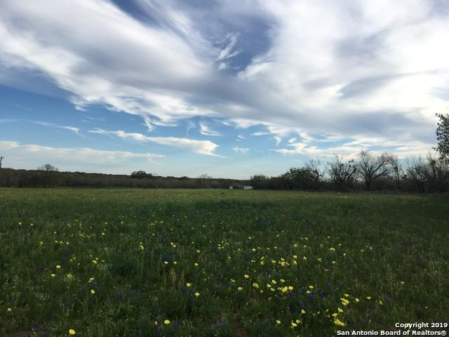 TRACT 1 Smith Rd, Somerset, TX 78069 (MLS #1348919) :: Alexis Weigand Real Estate Group