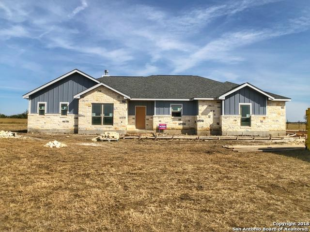 180 Gentle Breeze, Floresville, TX 78114 (MLS #1349036) :: Alexis Weigand Real Estate Group