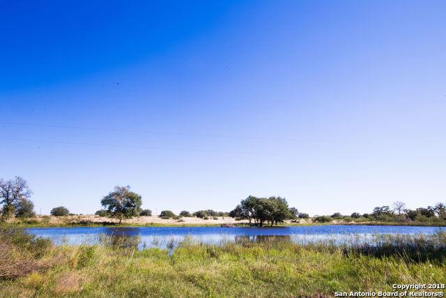 3454 County Road 292, Gonzales, TX 78629 (MLS #1349898) :: Magnolia Realty