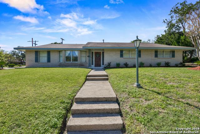 203 Edgevale Dr, San Antonio, TX 78229 (MLS #1350613) :: The Castillo Group