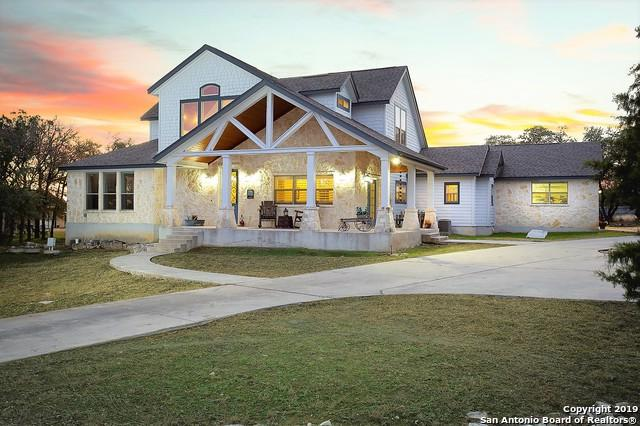 525 Suncrest Dr, New Braunfels, TX 78132 (MLS #1352522) :: Alexis Weigand Real Estate Group