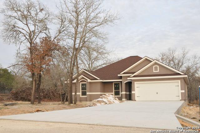 325 Eaglerock, Poteet, TX 78065 (MLS #1352573) :: Exquisite Properties, LLC