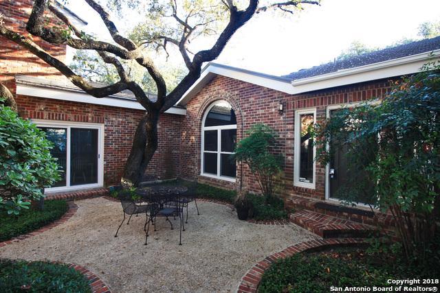 1 Villa Bonita, San Antonio, TX 78230 (MLS #1352596) :: Alexis Weigand Real Estate Group