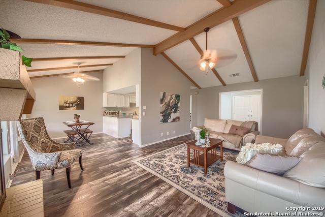 9726 Cylburn Park, Converse, TX 78109 (MLS #1353745) :: Exquisite Properties, LLC