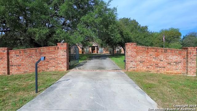 331 Broken Arrow, Floresville, TX 78114 (MLS #1353924) :: Tom White Group