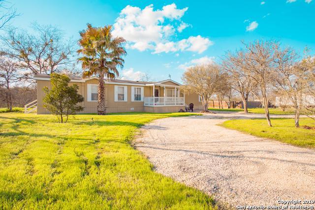 710 County Road 3820, San Antonio, TX 78253 (MLS #1354257) :: Vivid Realty