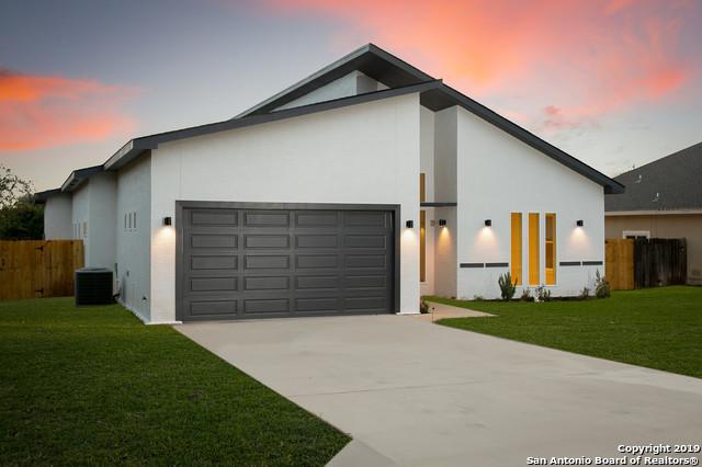 15506 York Ln, Selma, TX 78154 (MLS #1356179) :: Alexis Weigand Real Estate Group
