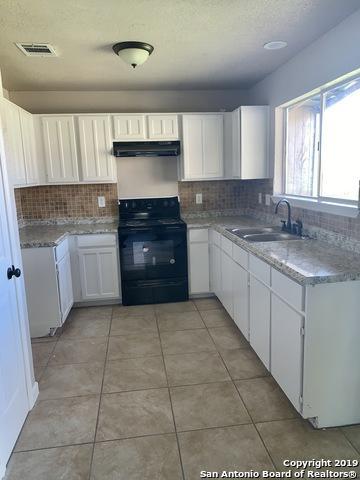 11511 Hatchet Pass Dr, San Antonio, TX 78245 (MLS #1356372) :: Exquisite Properties, LLC