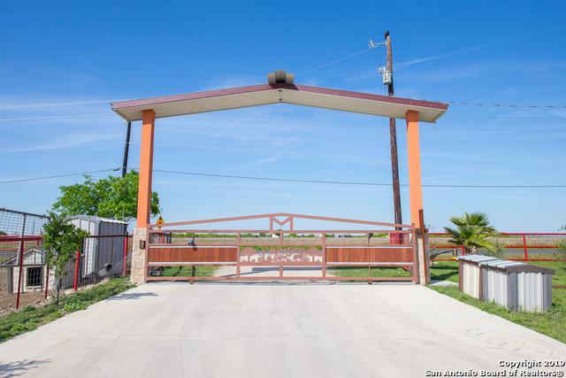 2989 N Graytown Rd, Converse, TX 78109 (MLS #1357901) :: The Mullen Group   RE/MAX Access