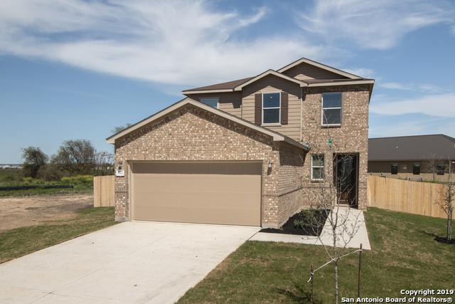 577 Lost Pond, New Braunfels, TX 78130 (MLS #1358225) :: Neal & Neal Team