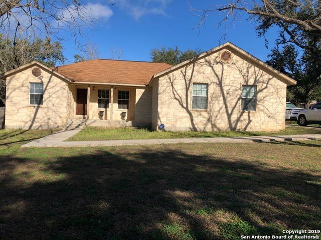 514 Wedgewood Way, Devine, TX 78016 (MLS #1359731) :: Berkshire Hathaway HomeServices Don Johnson, REALTORS®