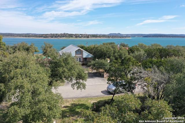 2214 Lakeview Dr, Canyon Lake, TX 78133 (MLS #1362112) :: Alexis Weigand Real Estate Group