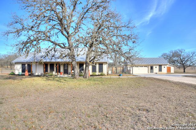 1004 Orchard Park Blvd, Medina, TX 78055 (MLS #1362177) :: Alexis Weigand Real Estate Group