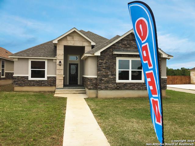 716 Crestview, Floresville, TX 78114 (MLS #1362864) :: BHGRE HomeCity