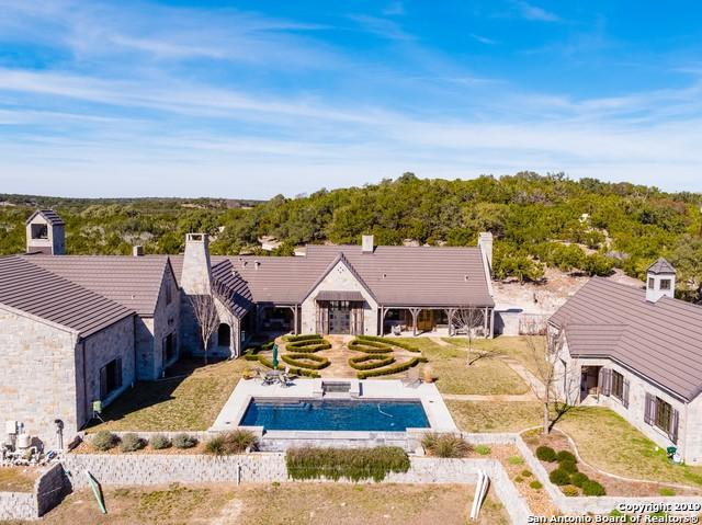 440 Moon Path Sw, Hunt, TX 78024 (#1363086) :: The Perry Henderson Group at Berkshire Hathaway Texas Realty