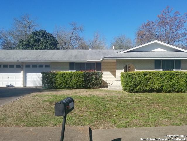 4131 Treehouse Dr, San Antonio, TX 78222 (MLS #1363865) :: ForSaleSanAntonioHomes.com