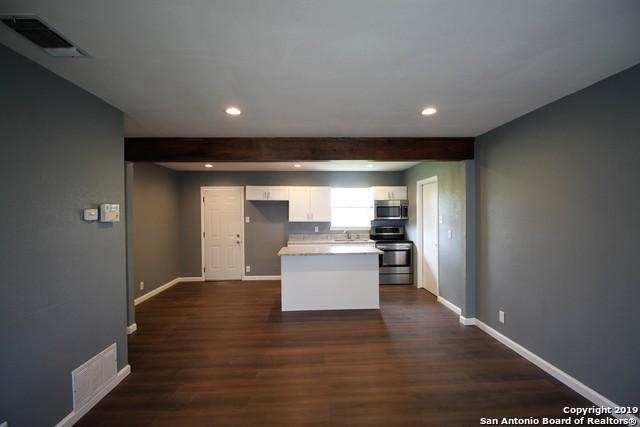 1730 Point West St, San Antonio, TX 78224 (MLS #1364294) :: Alexis Weigand Real Estate Group