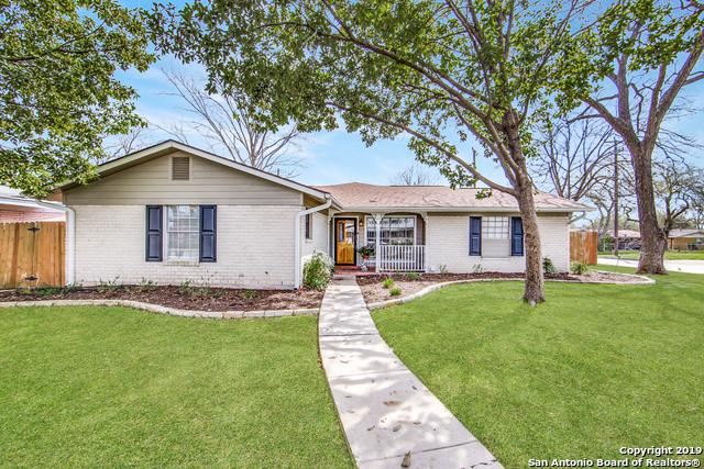 402 E Byrd Blvd, Universal City, TX 78148 (MLS #1364437) :: The Mullen Group | RE/MAX Access
