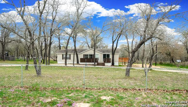 325 Ashford Circle, Poteet, TX 78065 (MLS #1365931) :: The Castillo Group