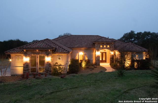 9218 Highlands Cv, Boerne, TX 78006 (MLS #1367290) :: Alexis Weigand Real Estate Group