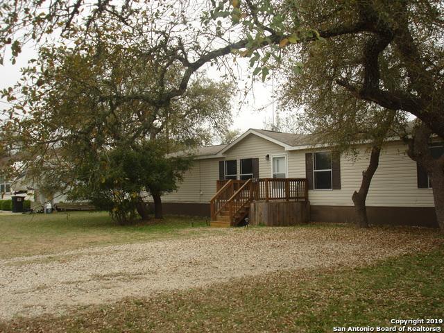 324 Private Road 1507, Bandera, TX 78003 (MLS #1367482) :: ForSaleSanAntonioHomes.com