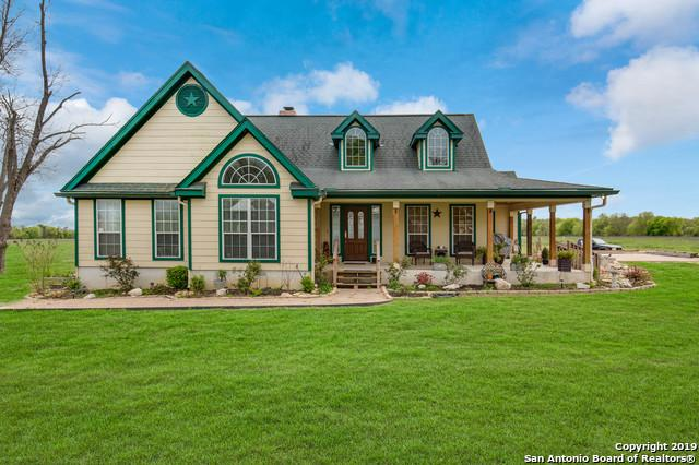 560 W County Road 672, Natalia, TX 78059 (MLS #1367867) :: Vivid Realty