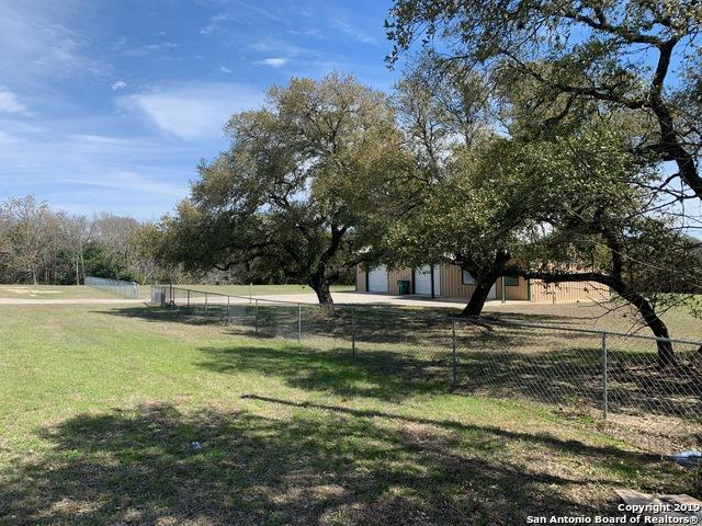 1280 Pecan St, Blanco, TX 78606 (MLS #1368048) :: Alexis Weigand Real Estate Group