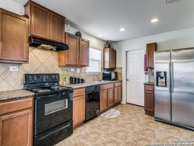 9615 Pleasanton Pl, San Antonio, TX 78221 (MLS #1369125) :: Alexis Weigand Real Estate Group
