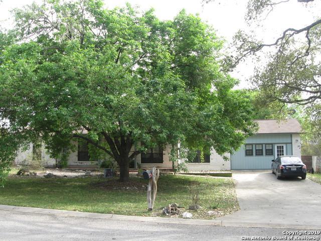 339 Sollock Dr, Devine, TX 78016 (MLS #1371036) :: Exquisite Properties, LLC