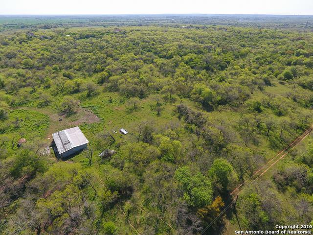 17685 Senior Rd, Von Ormy, TX 78073 (MLS #1371076) :: Alexis Weigand Real Estate Group
