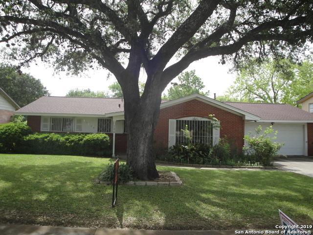 11214 Cedar Elm Dr, San Antonio, TX 78230 (MLS #1371231) :: Tom White Group
