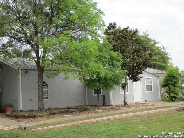 6071 Us Highway 87 W, Sutherland Springs, TX 78161 (MLS #1372131) :: NewHomePrograms.com LLC