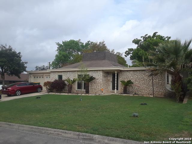 205 Whispering Oaks St, Live Oak, TX 78233 (MLS #1372888) :: Tom White Group