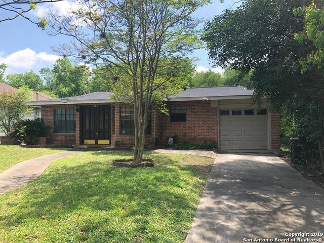 238 Storeywood Dr, San Antonio, TX 78213 (MLS #1373671) :: Tom White Group