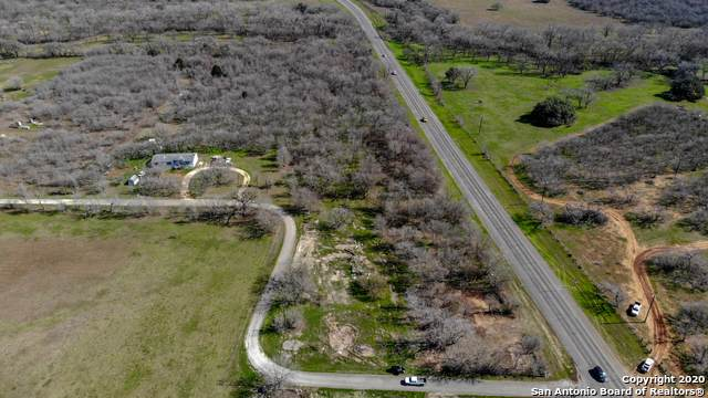 5510 E Us Highway 90, Seguin, TX 78155 (MLS #1373691) :: Reyes Signature Properties