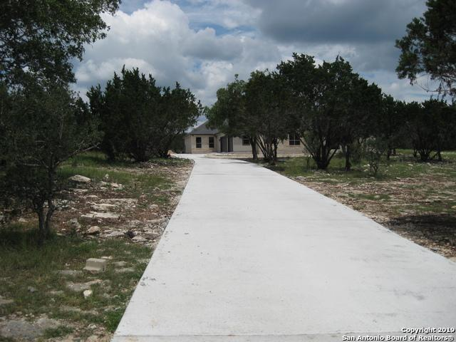 112 Rolling View Dr, Boerne, TX 78006 (MLS #1376297) :: Exquisite Properties, LLC