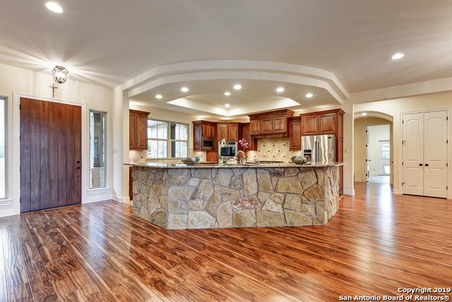 1147 Diretto Dr, New Braunfels, TX 78132 (MLS #1377391) :: Alexis Weigand Real Estate Group