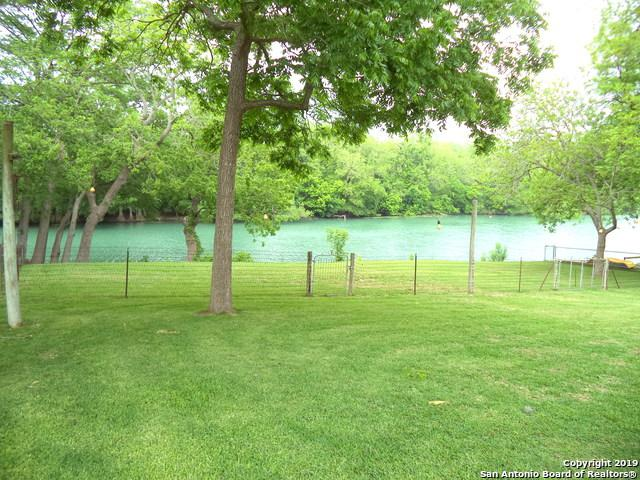 282 Meadowlake Dr, Seguin, TX 78155 (MLS #1378011) :: BHGRE HomeCity