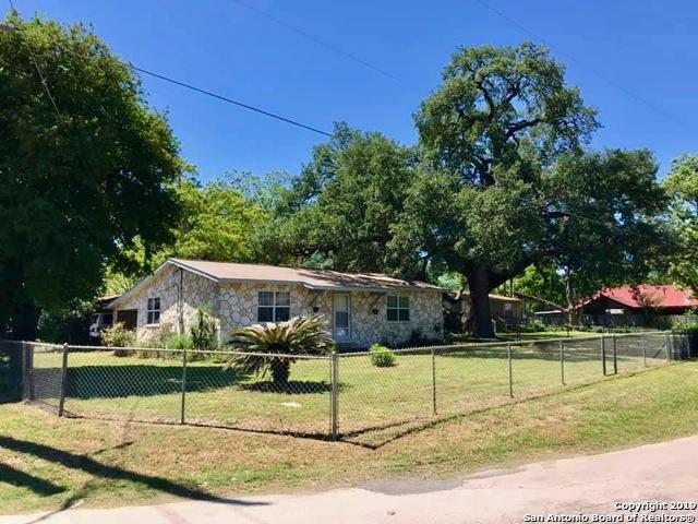 19451 S Benton, Lytle, TX 78052 (MLS #1378667) :: Vivid Realty