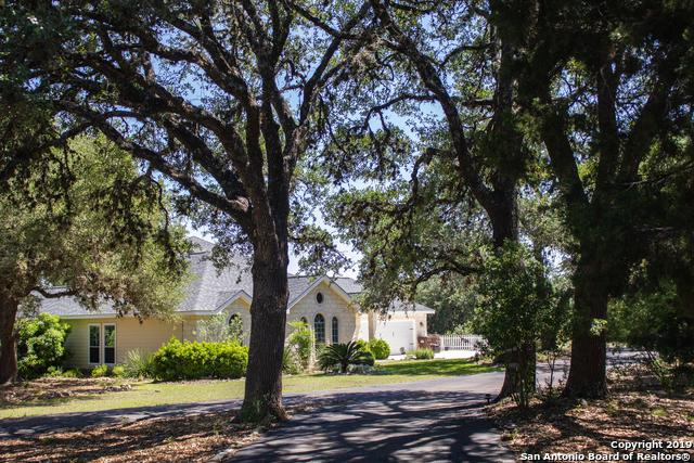 735 Kreutzberg, Boerne, TX 78006 (MLS #1381210) :: Exquisite Properties, LLC