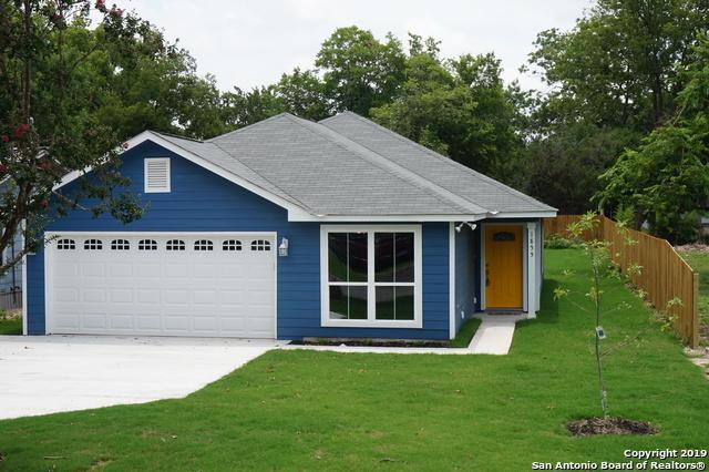1855 W Mill St, New Braunfels, TX 78130 (MLS #1381639) :: BHGRE HomeCity